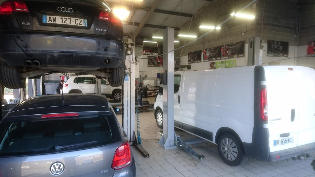 Photo Centre Auto Roady Cambo les Bains